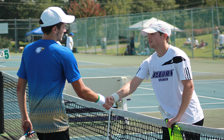 Asbury's Seth Heinss defeated Midway's Jacob Sargent in R1 1 of the singles on Friday. Photo by John Minor